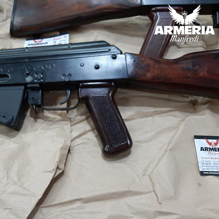 Akm 47 militare Unione Sovietica Kalashnikov 2